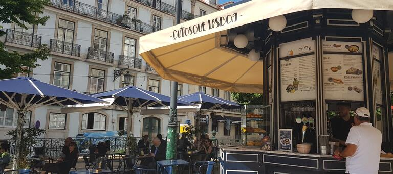 In Lisbon there is lots of cafes